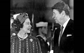 PRES REAGAN AND QUEEN ELIZABETH