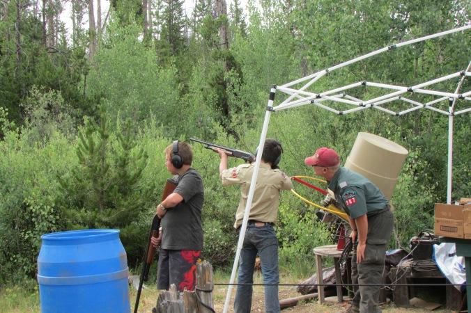 shot-gun-range-johny-and-scouts
