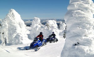 snowmobiling-4